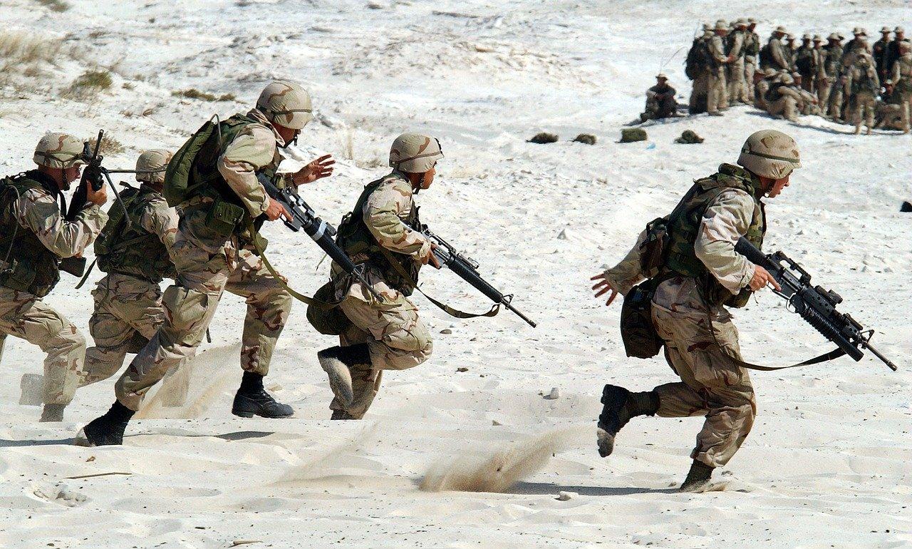 Nuove tecnologie: orologio tattico militare